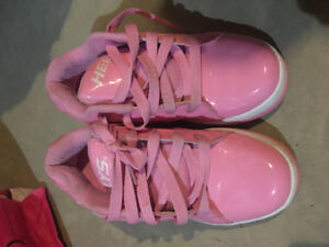 Girls Heelys shoes size 4 and 5.
