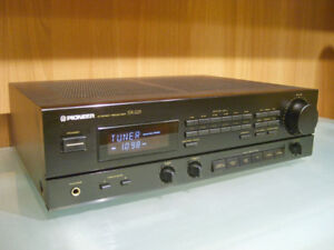 Pioneer SX-225 (38 Watt/Ch) Stereo Receiver with Phono Input
