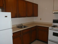 Aug 1 - Delightful one bedroom in quiet environment $ 925 inclus