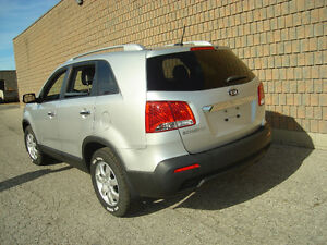 2011 KIA SORENTO LX..AWD..SAFETIED & E-TESTED London Ontario image 2