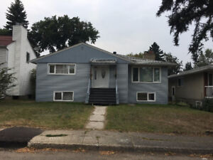 Great Location House For Rent University of Alberta