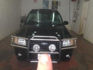 "2005 Ford Sportrak "" Adrenaline "" 4x4 Mint , only 114 K"