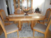 6 Seat Dining Table Set & Matching China Cabinet