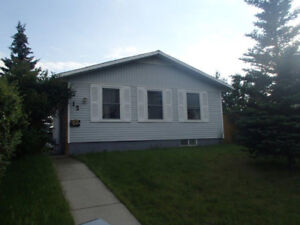 TWO UNITS WHOLE HOUSE FOR RENT on SE