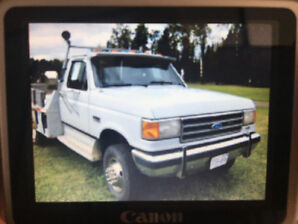 1991 Ford E-350 Super Duty XLT Pickup Truck