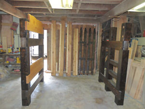 Hand crafted Timber bunk beds in Fanny bay Comox / Courtenay / Cumberland Comox Valley Area image 7