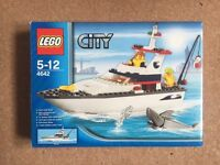 LEGO City 4642: Fishing Boat 100% Complete