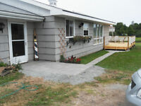 Beautiful Cottage/Home for weekly rental, great for a family !!