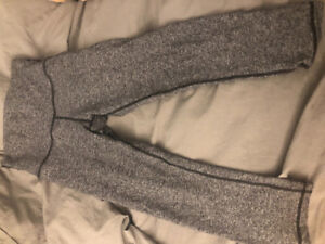 Lululemon Wunder Under Crop - Size 6 - heathered black