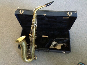 Kings trumpet and Saxophone