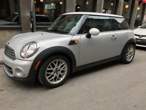 2012 MINI Cooper  Classic Coupe (2 door)