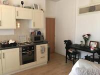 1 bedroom flat in 4 Ridgeway House