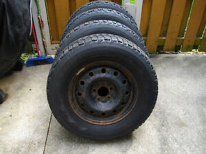Firestone 4 Winter Tires On Rims 235 77 16