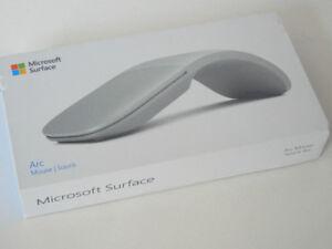 Surface Arc Mouse - Light Grey CZV-00001 NEW open box ready