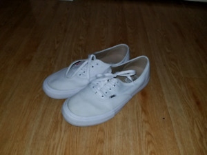 Used Vans Authentic Pro Shoes - White (Size 12)