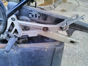 YAMAHA RZ350 1986-1990 FRAME WITH TITLE SWING ARM FOOT PEGS Windsor Region Ontario image 9