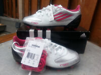 Womens Soccer Cleats - New