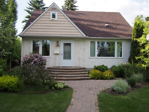 Three bedroom furnished house in North Glenora