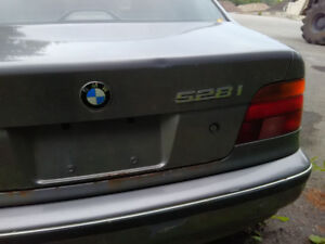 BMW 528i Parts only