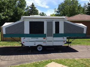 2004 Rockwood limited Tent Trailer excellent condition