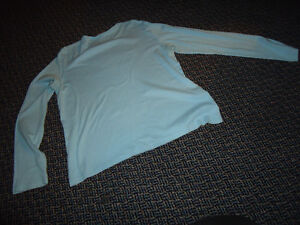 "Ladies Size L/G Long Sleeve ""Well Bred"" ***Hatley*** T-Shirt Kingston Kingston Area image 3"