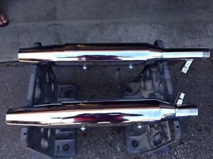 Harley Davidson Fatboy exhaust pipes