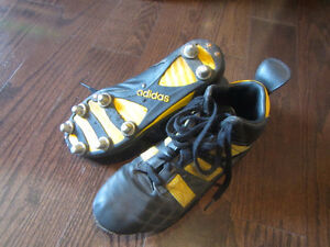 Rugby shoes - Flanker boots Adidas size 8