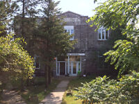 1500 sq ft. 2 Bedroom apartment for lease. Just E. of Belleville