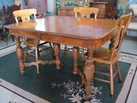 Gibbard Dining room Table and 4 chairs
