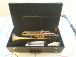Olds Ambassador Trumpet - Full Set - Early 1960s, Good Condition