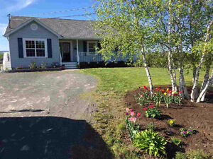 3 Bedroom North Kentville Available September 1st