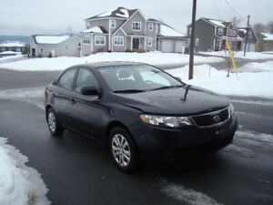 2011 KIA FORTE. WELL MAINTAINED, CLEAN VEHICLE. LOW MILEAGE.