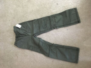 OSHKOSH new kids cargo pants