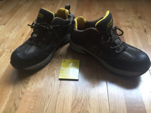 Stanley (size 10) safety work shoe