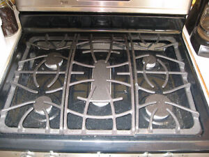 2013 Frigidaire Gallery Pro. Gas Double Oven Stove, Never Used