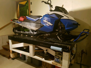 "09 summit 154 (36"" front) + Sled Deck + Avy Gear + Parts"