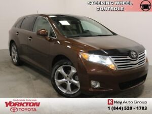 2009 Toyota Venza Touring  Heated Leather - AWD