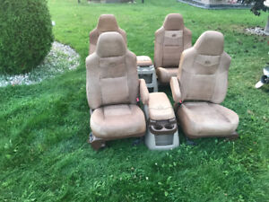 2007 F350 King Ranch seats
