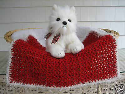 Fancy Dog Cat Bed Blanket CHRISTMAS Red with White Faux Fur Trim