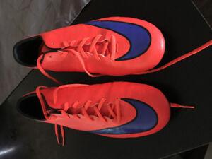 Nike football cleats size 12