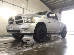 2009 Dodge Ram Hemi 5.7 Sport London Ontario image 1