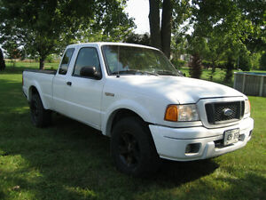 2004 Ford Ranger XLT 4x4 Pickup Truck (saftied an e-tested)