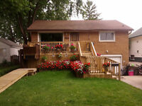 J&J'S LANDSCAPING IS OFFERING 10%OFF FIRST CUT.**GREAT*PRICES**
