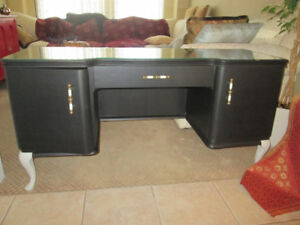 MUST SEE! ANTIQUE Table/Desk w/Mirror, Glass Top+CHAIR!