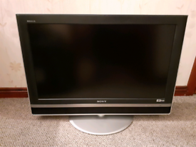 """Sony 32"""" HD Ready Freeview TV"""