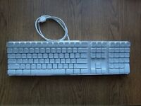Used Apple A1048 wired Keyboard