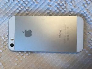 Used iPhone 5s 32GB Peterborough Peterborough Area image 2