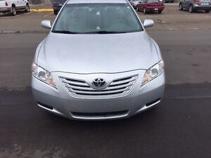 Toyota Camry Le 2009  Winter tires & 2 way remote start