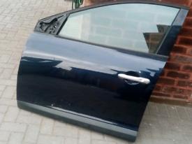 renault megane blue door 2010