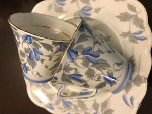 Royal Grafton Bone China Set - Bridge Tea Set